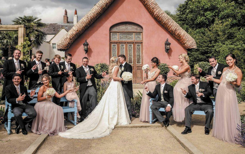 family-wedding-friends